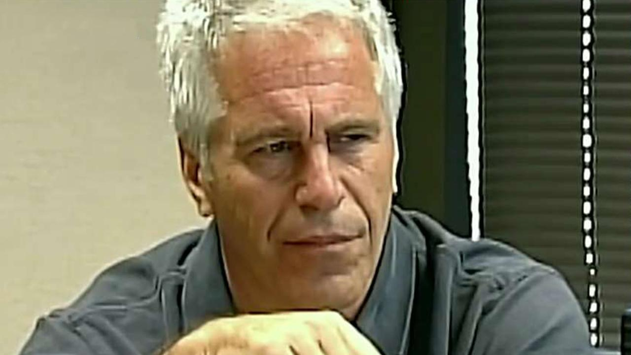 Dr. Marc Siegel: Epstein death in NY prison under extremely tight security 'unusual'