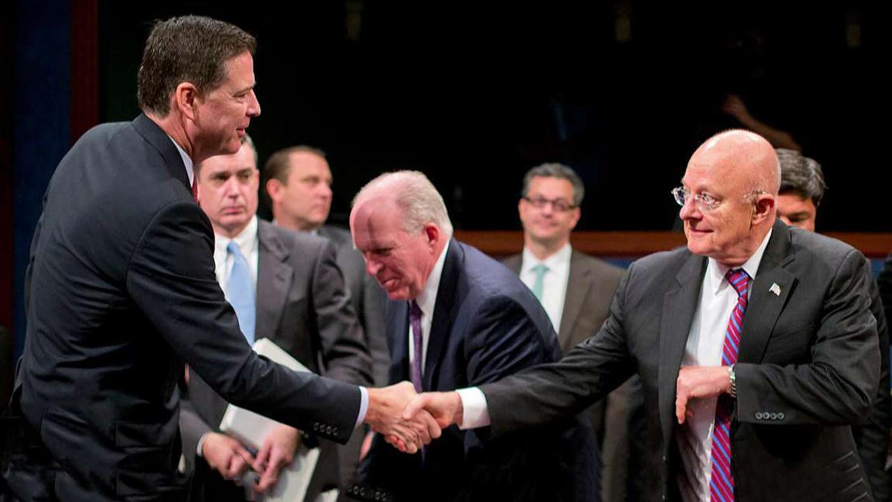 نونس: هیچ بهانه ای برای مدیر FBI وجود ندارد که این کثیف باشد