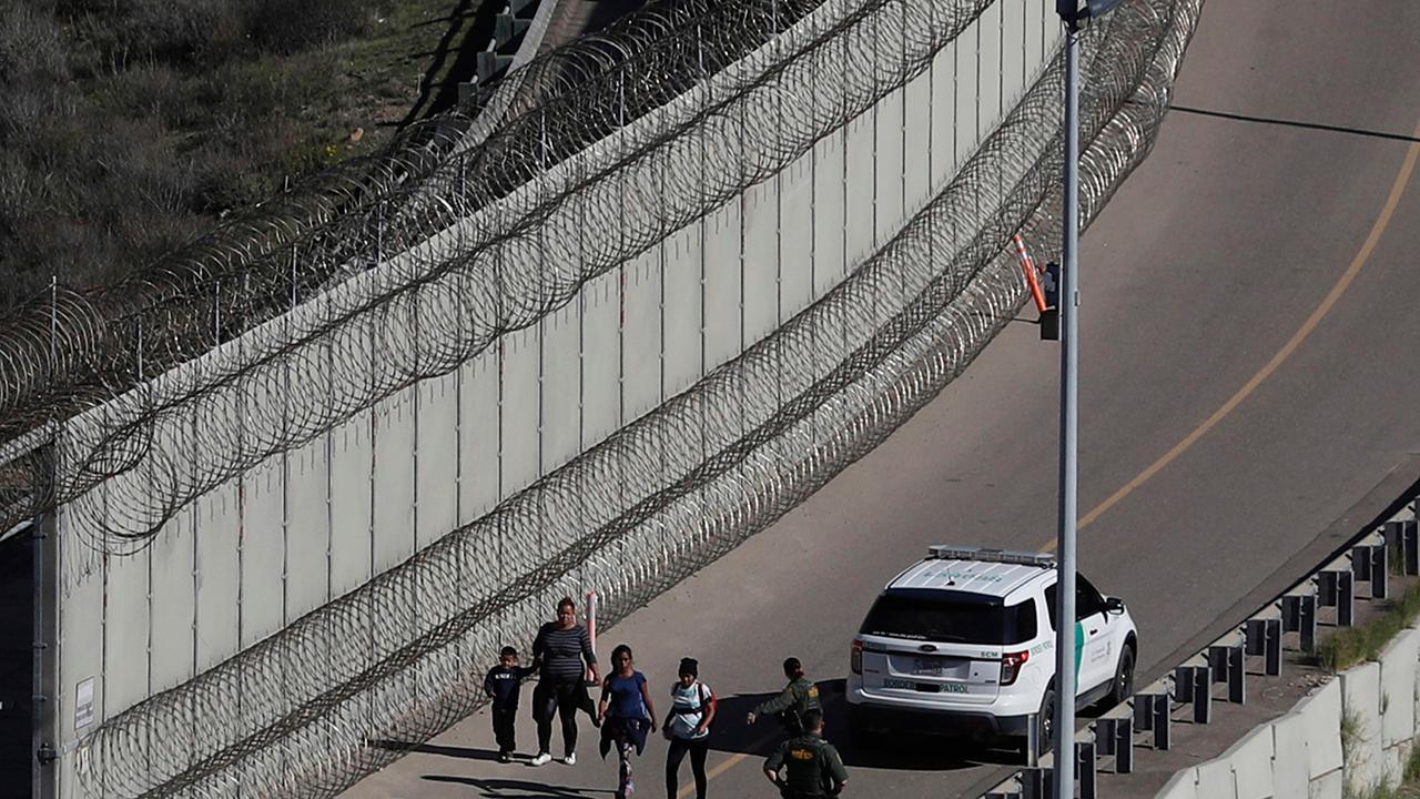 Ali Noorani: Trump Asylpolitik Schaden Flüchtlings-Familien — und Amerikaner