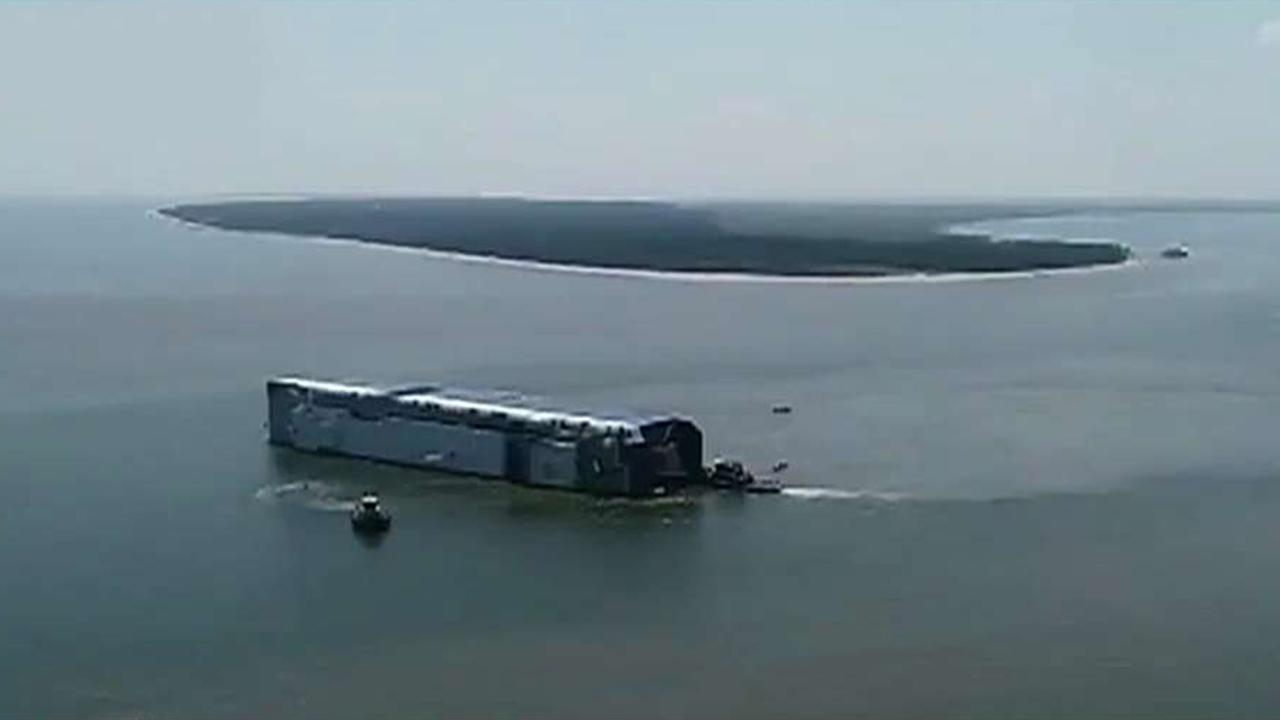 Westlake Legal Group 694940094001_6084474862001_6084476318001-vs Rescue crews search for crew members aboard overturned cargo ship, concerns about stability fox-news/us/disasters/transportation fnc/us fnc Associated Press article 5c180127-4432-591d-a132-26ffb9292f07