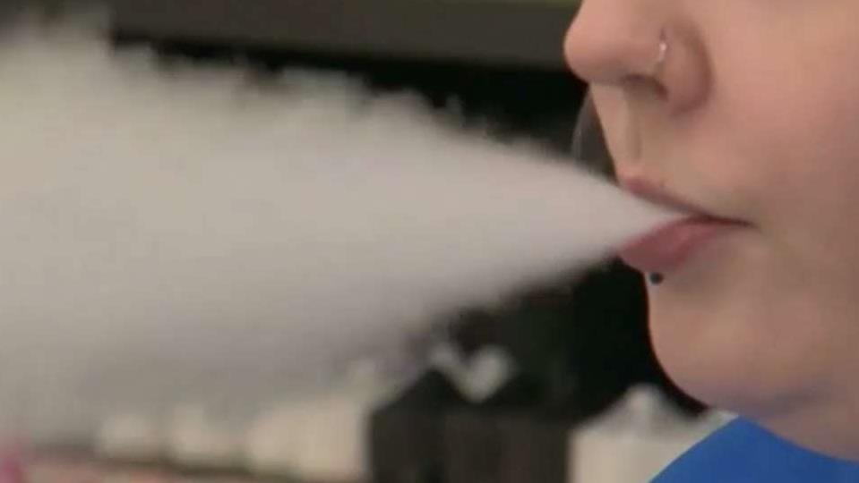 CDC confirms 6 deaths possibly linked to vaping, e-cigarettes<br>