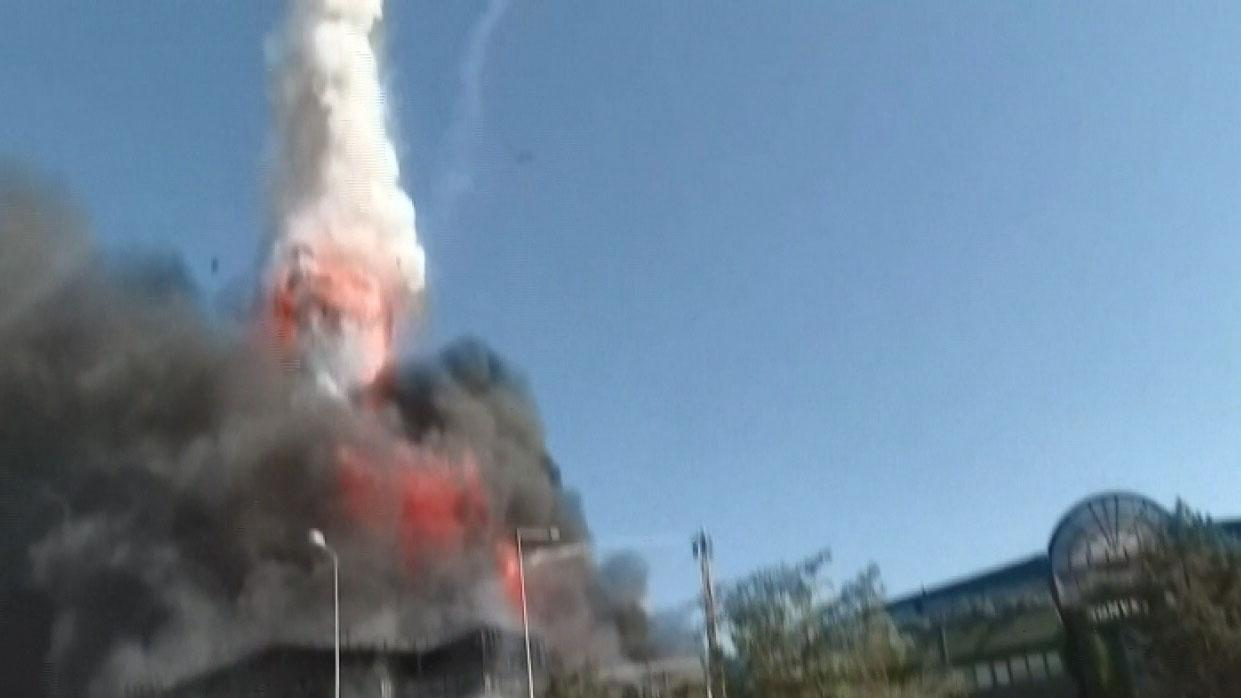 Westlake Legal Group 694940094001_6087771167001_6087767673001-vs Turkey chemical factory explosion launches metal tank into sky above fleeing onlookers, video shows Stephen Sorace fox-news/world/world-regions/europe fox-news/world/world-regions/asia fox-news/world/disasters/fires fox news fnc/world fnc eff48c3a-c950-5ced-8f35-1c2d2235b5cc article