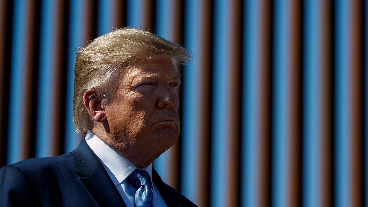 Trump allows border agents to interview asylum seekers