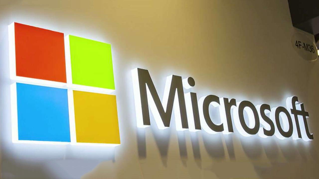Tech giant Microsoft did not identify the presidential campaign targeted by Iran-linked hackers, over privacy concerns; Trey Yingst reports.