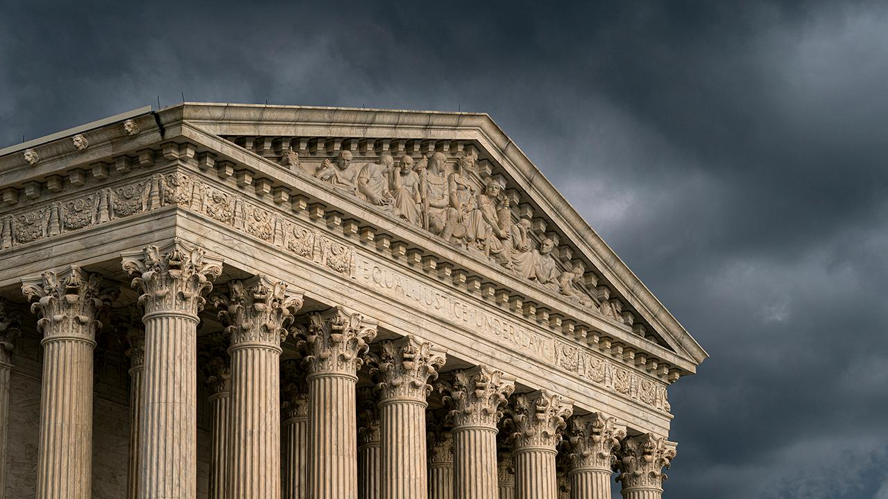 Liberals push 2020 Dems to release Supreme Court shortlist