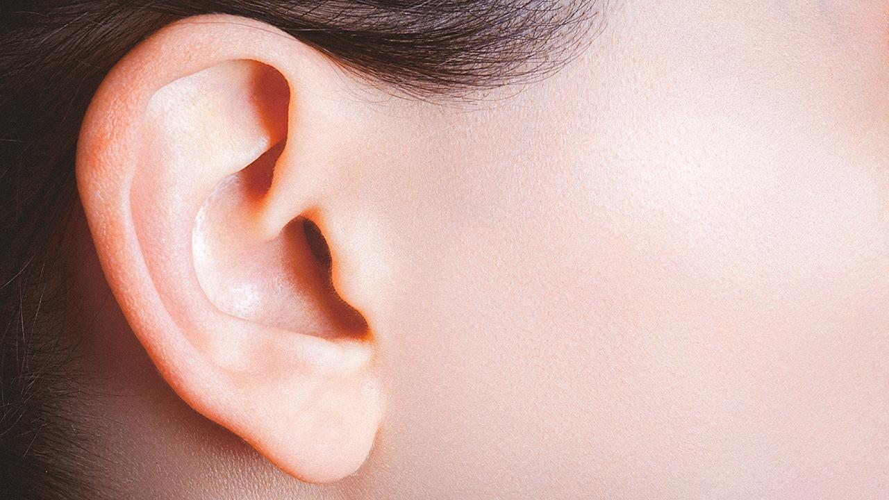Woman could hear her own heartbeat from inside her ear