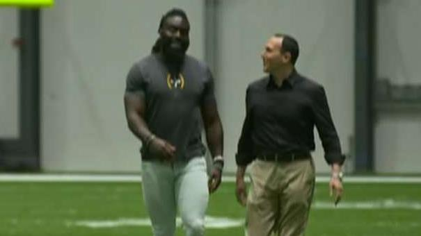Demario Davis explains what he's doing with the money he got from the 'Man of God' headband sales