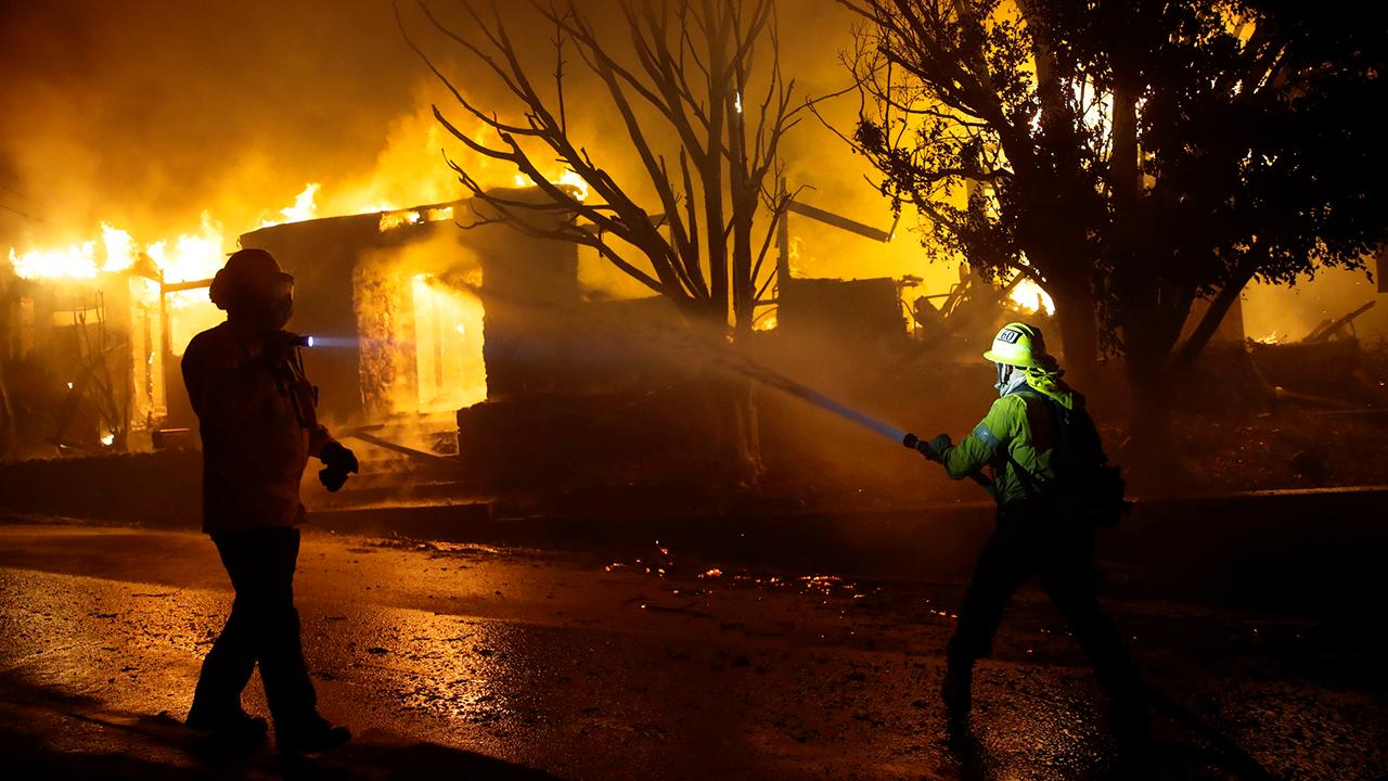 火灾天气研究人员解释了加州风驱动的野火威胁背后的科学