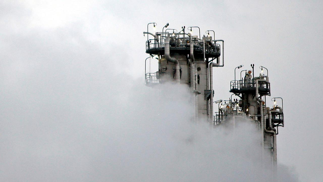 Iran announces it will begin injecting uranium gas at secure mountainside atomic facility