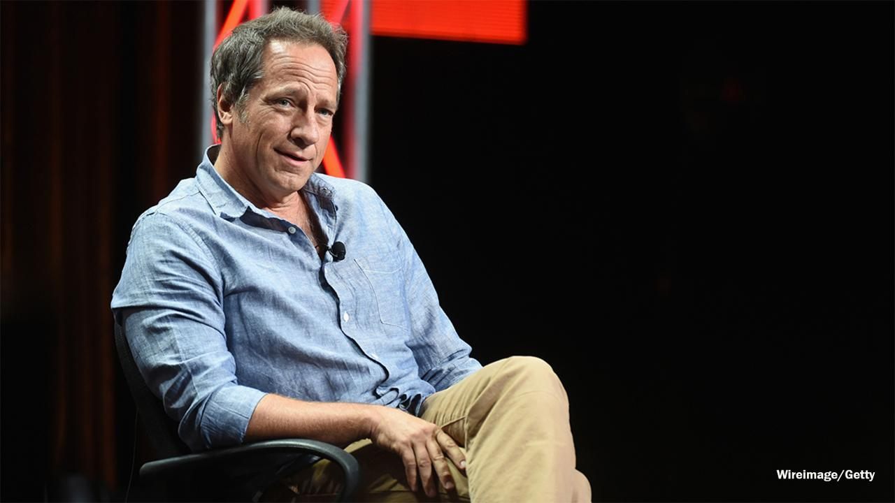 'Dirty Jobs' star Mike Rowe recalls living in haunted mansion with 'friendly ghost' for free