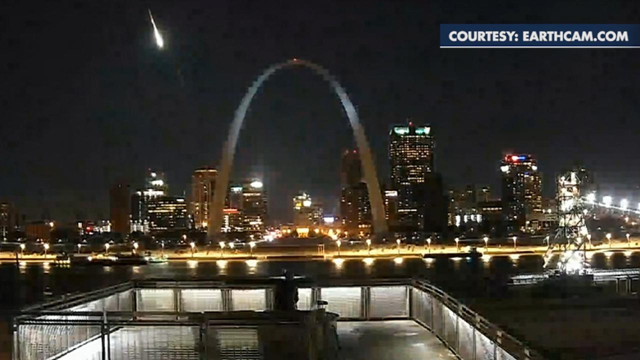 Meteor that lit up St. Louis sky was 220-pound fireball that broke off asteroid belt: NASA