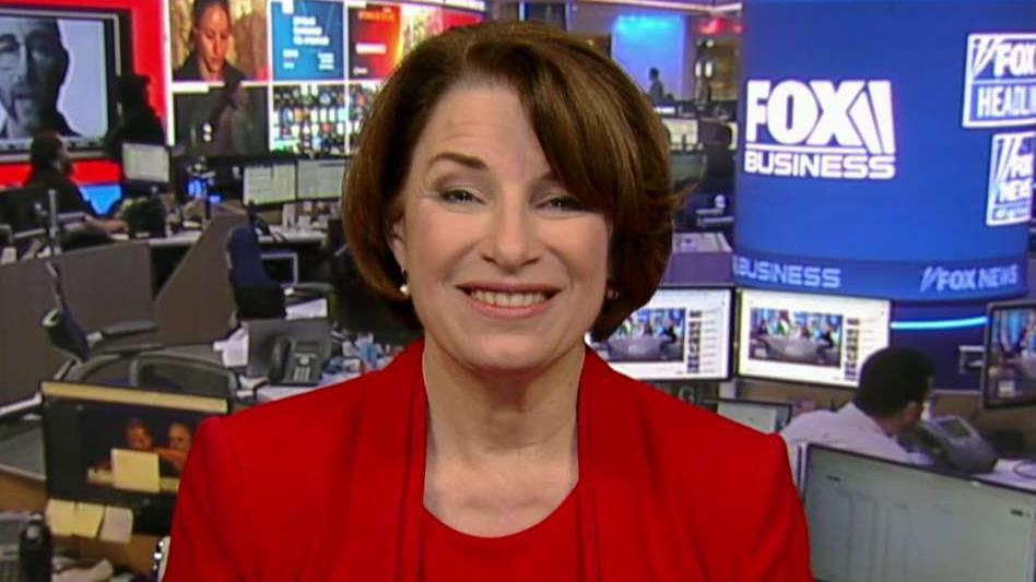 Amy Klobuchar reacts to impeachment hearings, latest Democrat debate