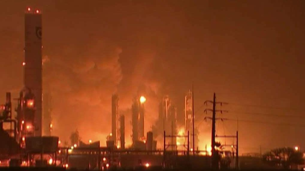 Powerful explosion at Texas chemical plant injures workers, residents
