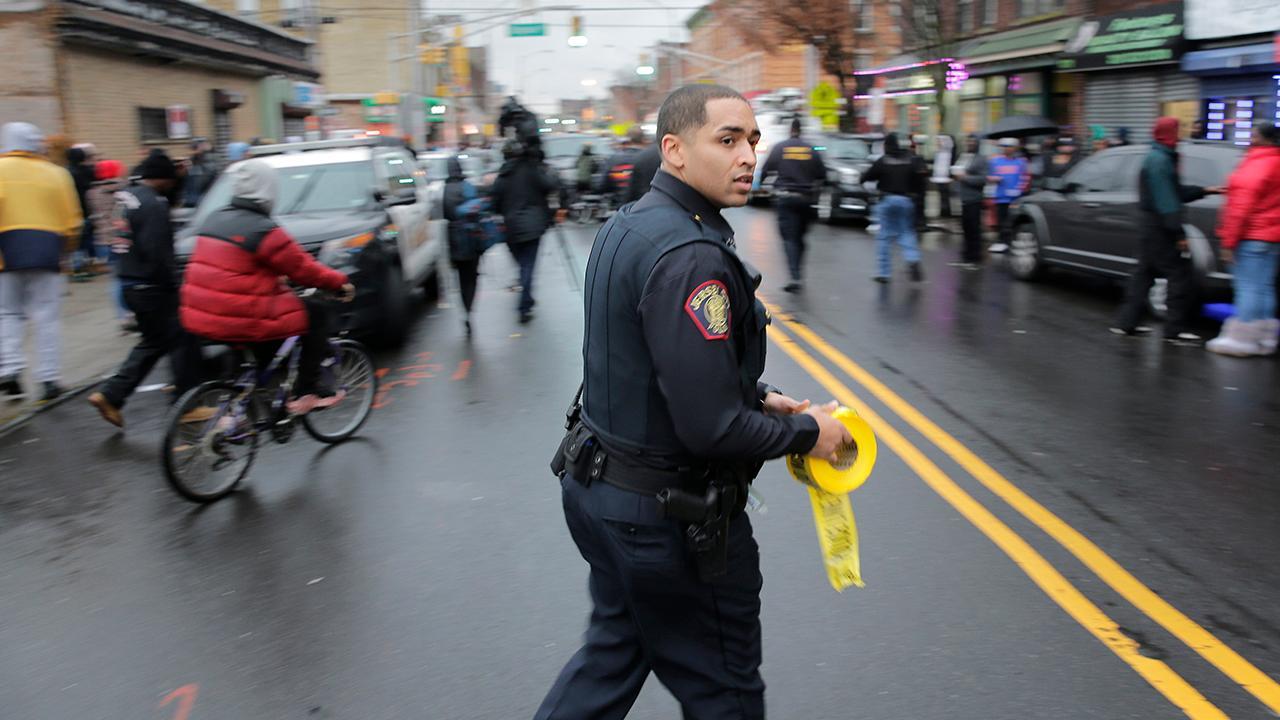 Jersey City gun battle leaves 6 dead, including police officer