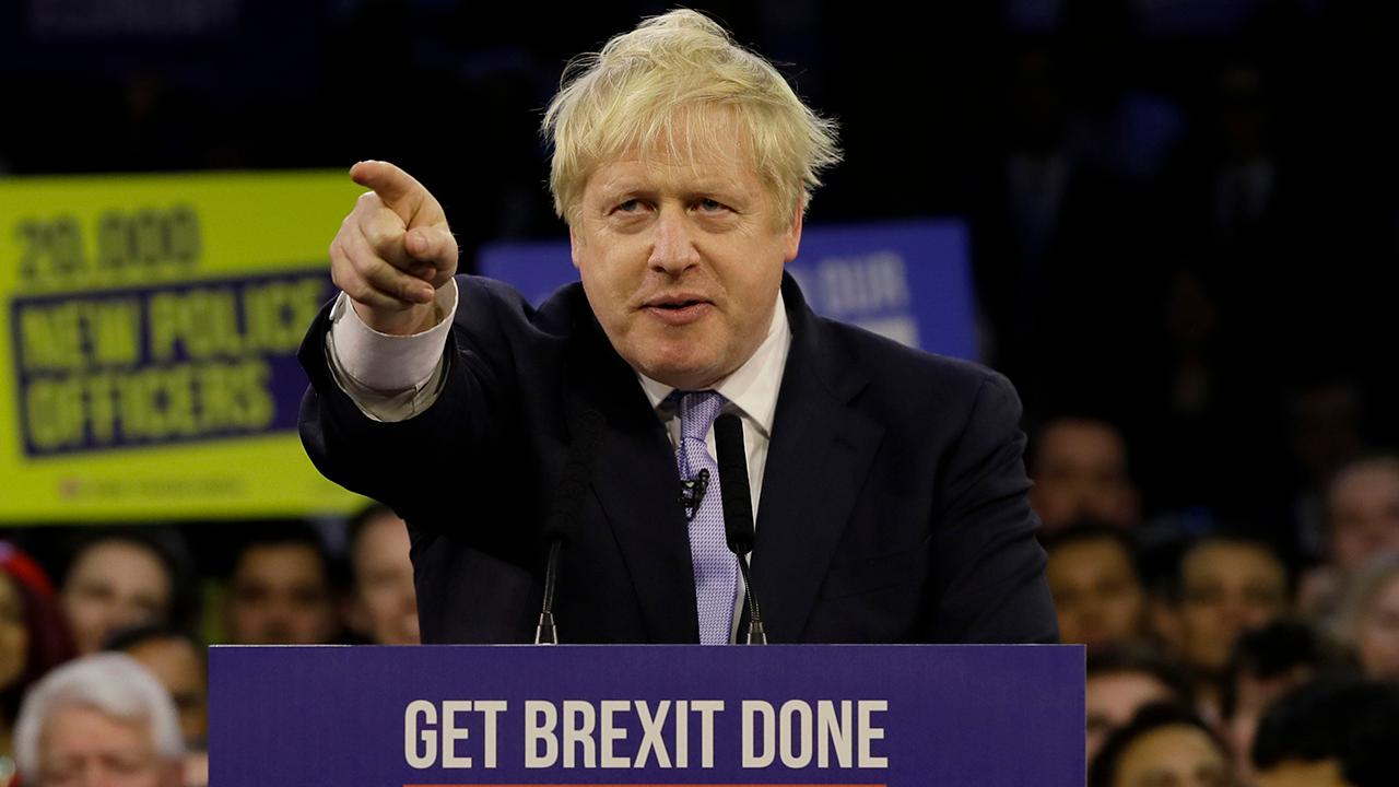 Johnson, di dorong untuk memberikan Brexit, akan melarang setiap keterlambatan melampaui tahun 2020