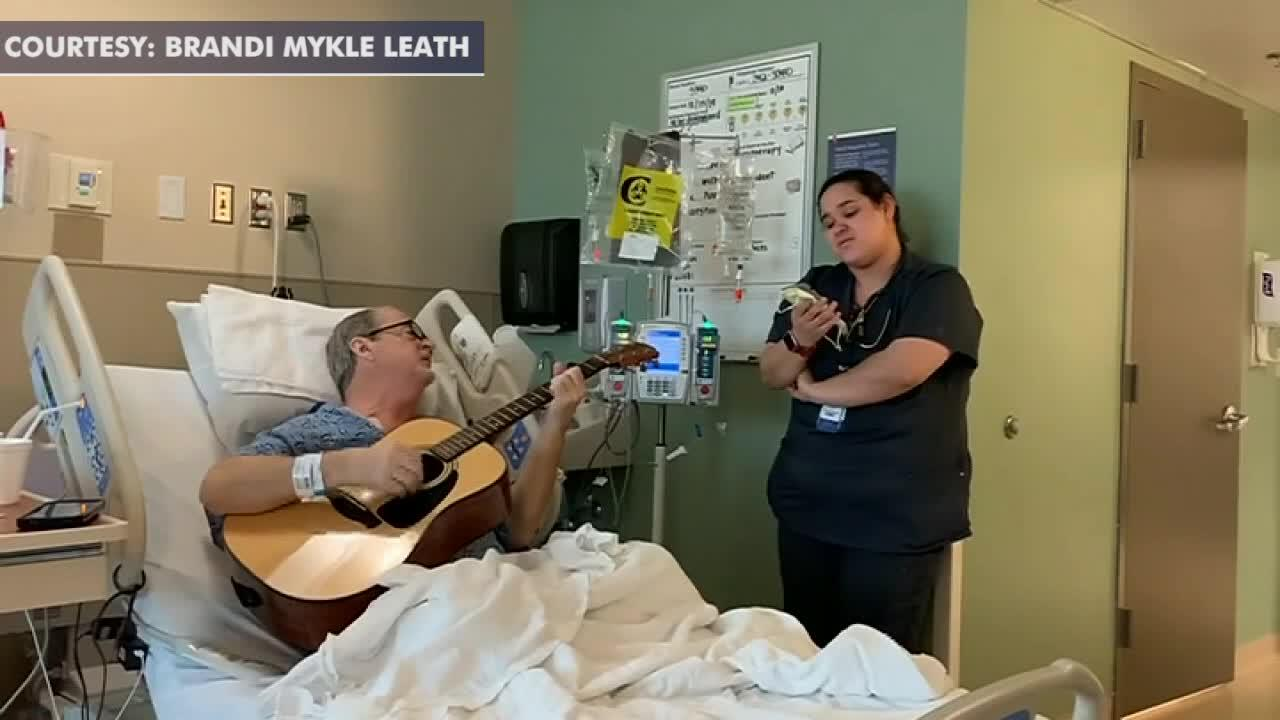 Tennessee cancer nurse's Christmas duet with patient goes viral: 'Music is such a wonderful healer'