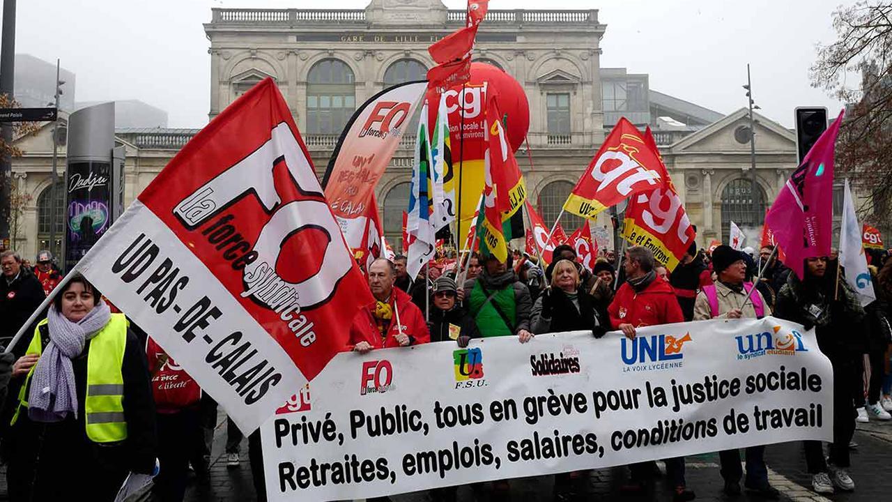 France pension strikes bring country's transportation system to a halt