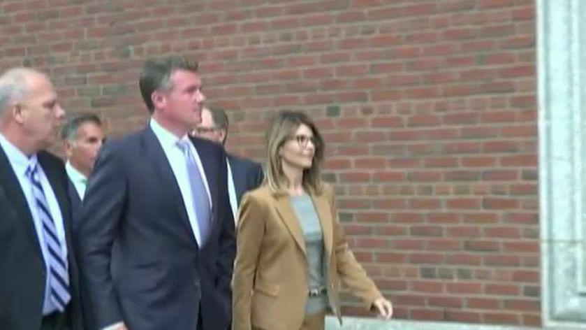 Lori Loughlin hires prison expert to advise her on life behind bars