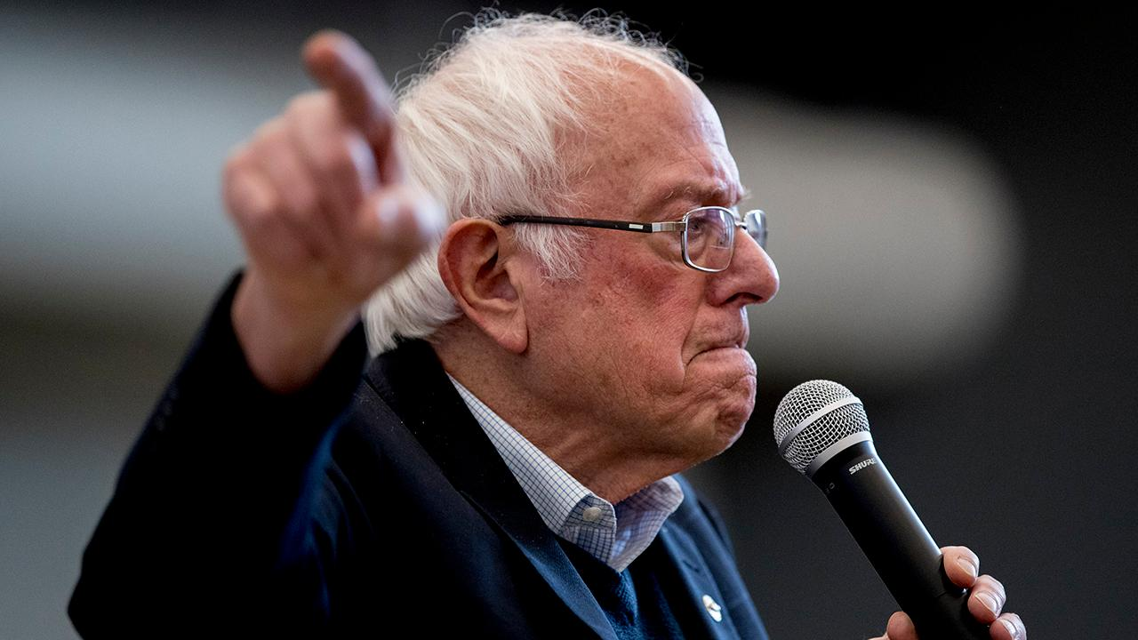 Bernie Sanders surges to lead in new Iowa poll as Pete Buttigieg slips