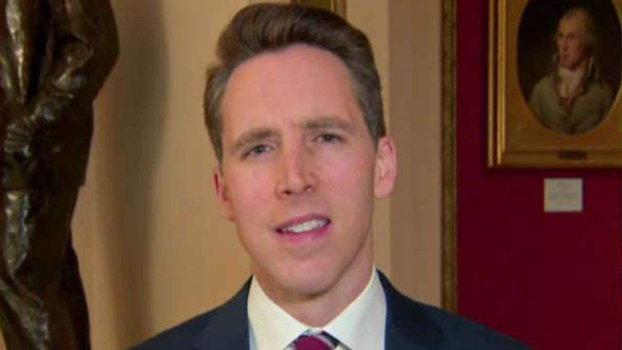 Hawley on Chief Justice Roberts' 'extraordinary' rebuke of House managers, Trump team