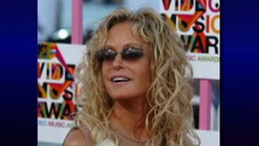Producer Sues Farrah Fawcett