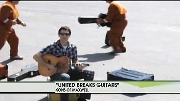'United Breaks Guitars'