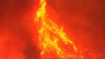 Firefighters Battle CA Wildfire